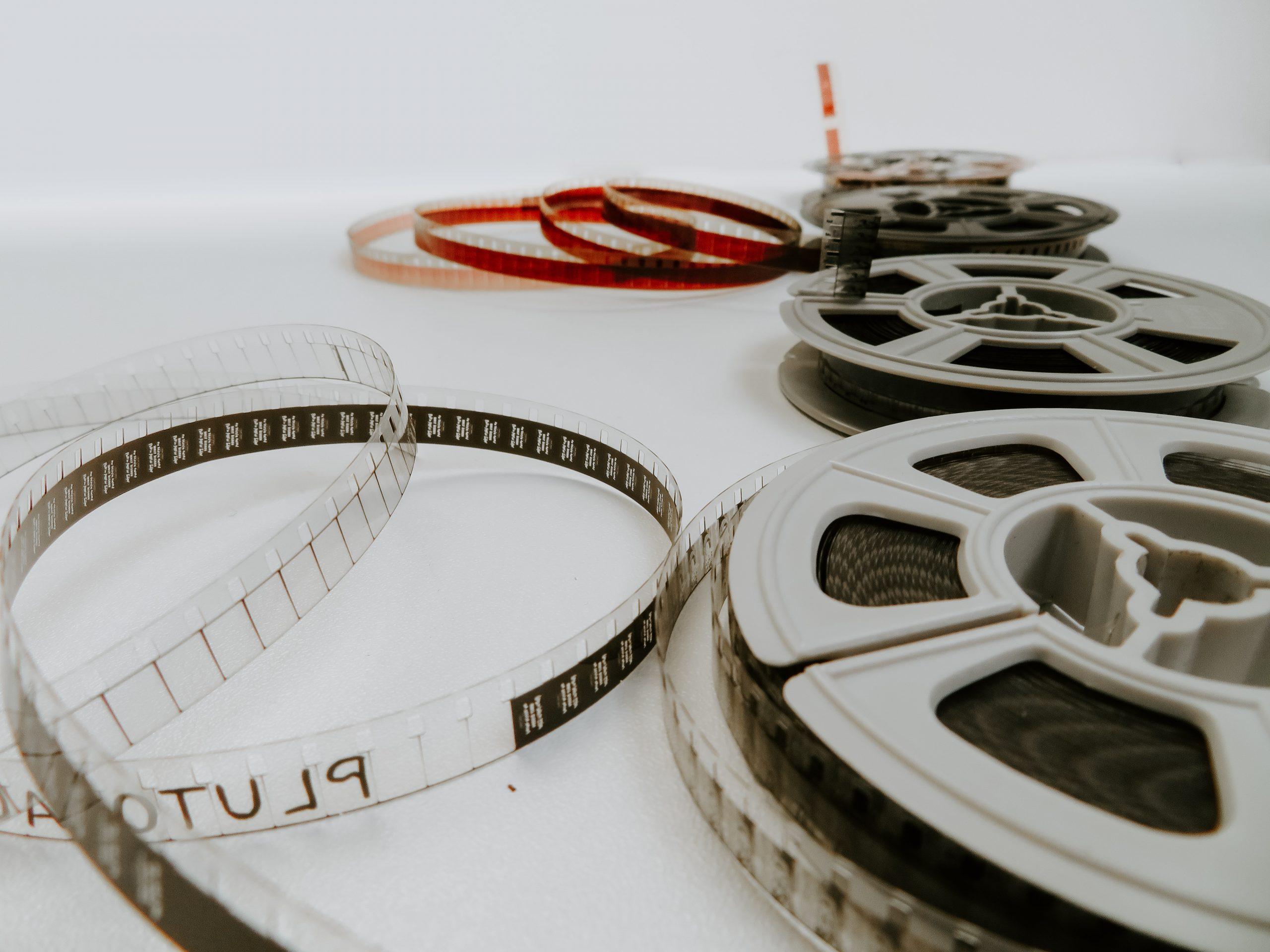 Le Sous-titrage de vos vidéos produits, marketing etc. avec Eu Coordination, agence de Traduction Audiovisuelle.