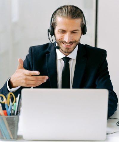 Divers moyens d'Interprétation avec Eu Coordination, agence de Traduction et d'Interprétation afin de répondre au mieux à vos besoins.